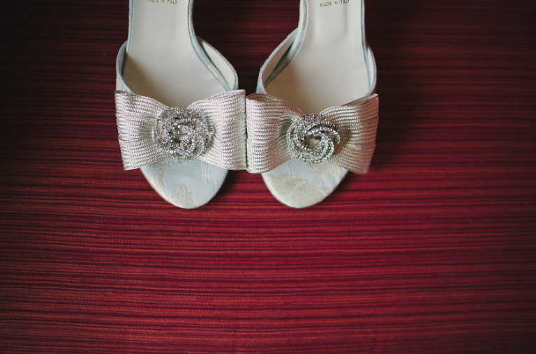 silver shoes for a wedding